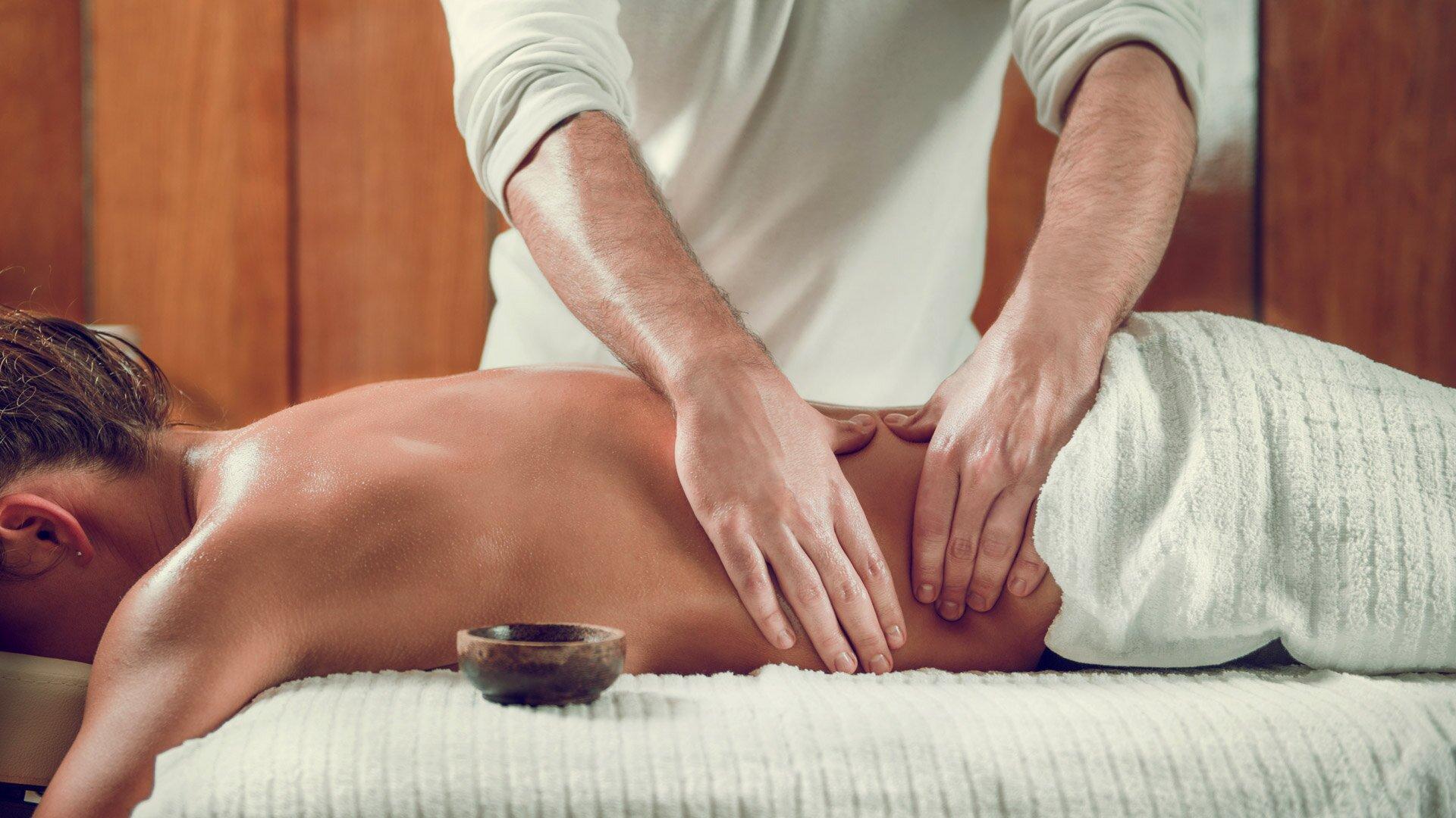 Как правильно делать массаж спины? пошаговое описание движений